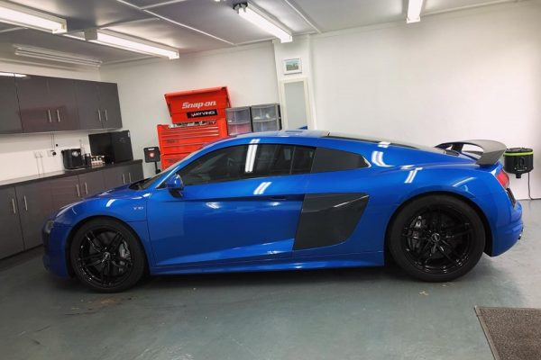 Audi R8 Side Studio Ten